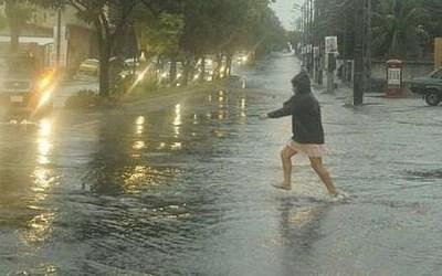 Domingo de lluvias, tormentas e inundaciones