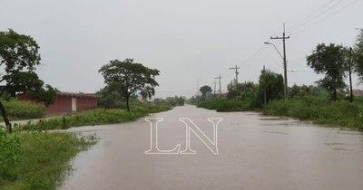 La Nación / Concepción bajo agua: rescatan a personas y serán trasladadas al polideportivo municipal