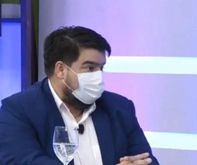 "COVID-19: ""Estamos a un paso del colapso"", según Dr. Roque Silva"