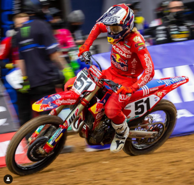Supercross: Debut y victoria de GasGas