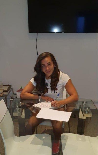 Jéssica Santacruz es transferida y va por su mayor reto en Europa