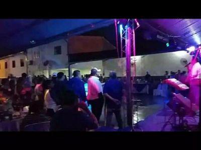 "Intendente de Mallorquín hace una masiva fiesta ""bajo protocolo"""