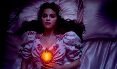 Selena Gomez – De Una Vez (Official Video) Lanzamiento