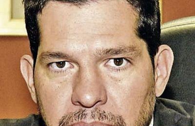 Juez descarta posibilidad de que Dan Messer litigue en el país desde Brasil