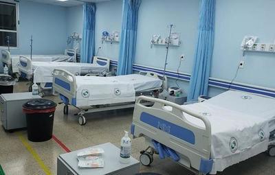 Médicos cansados, camas ocupadas y nueva ola en CDE