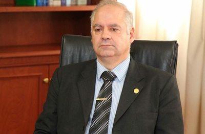 Ministro de la Corte Suprema da positivo al Covid-19