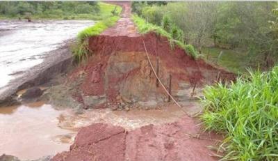 Lluvia deja aislada a comunidad del distrito del Naranjal