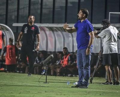 Gustavo Morínigo debuta con triunfo en el Brasileirao