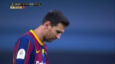 La primera roja de Messi en el Barça