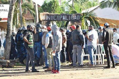 Cumple arresto domiciliario: Exintendente de Independencia pretende administrar la ciudad en modo teletrabajo
