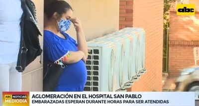 Embarazadas esperan paradas atención en el San Pablo