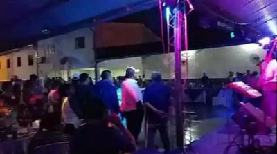 """Intendente de Mallorquín tras festejo con aglomeración: """"La vida hay que vivirla"""""""