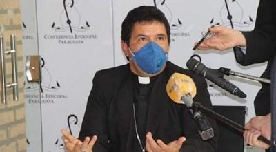 Monseñor se lanza contra influencers que andan en el 'vyrorei'