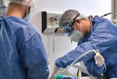 HOY / Internados en terapia intensiva ya son más de 200 y casos de COVID-19 siguen en aumento
