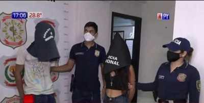 Capturan a pareja de presuntos asaltantes