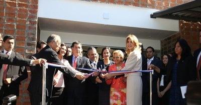 La Nación / Presidente destaca el desempeño de mujeres
