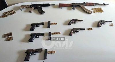 Armas encontrados en poder de miembros del PCC abatidos en Ponta Porã fueron usadas en varios homicidios