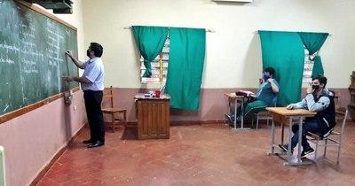 La Nación / Colegios privados dicen que los niños quieren volver a clases presenciales