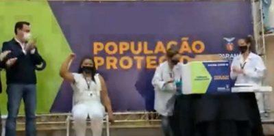 Inició la vacunación contra covid en Estado de Paraná, Brasil