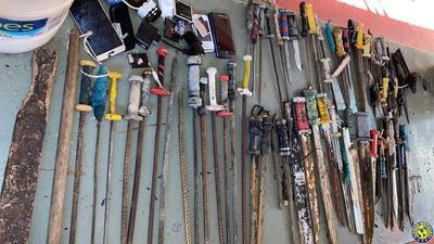 Requisa en Tacumbú y Penitenciaría Padre de la Vega permite incautación de objetos prohibidos •