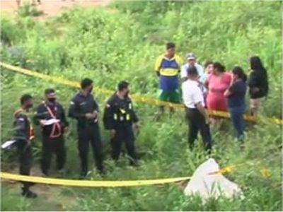 Policía allana viviendas en Trinidad en busca de sospechoso de crimen