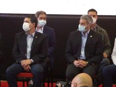 Mario Abdo Benítez dio negativo al test de coronavirus