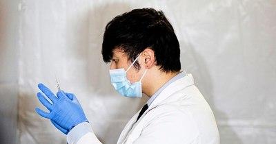 La Nación / Los neoyorquinos recurren al ingenio para hacerse vacunar