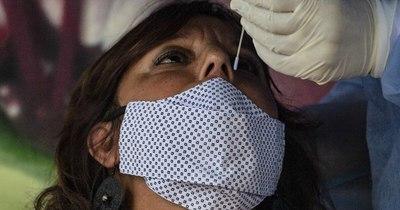 La Nación / Suman 17 fallecidos y 771 nuevos casos de coronavirus