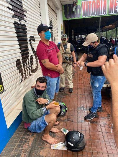 Detienen a dos supuestos microtraficantes en Pedro Juan Caballero