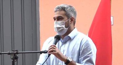 Mario Abdo da negativo al test de Covid-19 y retomará sus actividades oficiales
