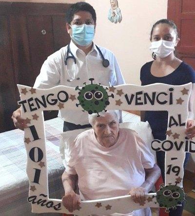 Crónica / ¡Profesora de 101 años venció al coronavirus!