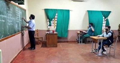 La Nación / Analizan suspender clases en zonas con muchos casos de covid