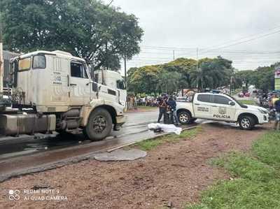 Camión atropella y mata a motociclista sobre Ruta PY02