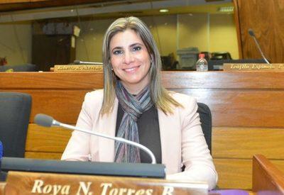Por lejos, Roya Torres fue la diputada de Alto Paraná con más gestión y proyectos en el 2020 – Diario TNPRESS