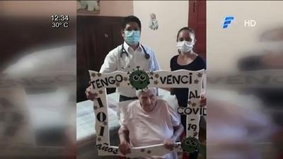 Mujer de 101 años supera al Covid-19 en su casa