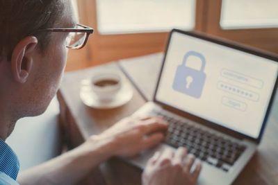 Diputado plantea mejor blindaje de los datos personales que se entregan en internet