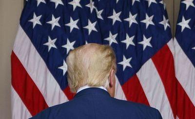 Trump iniciará su vida de expresidente con una pregunta en el aire: ¿2024?