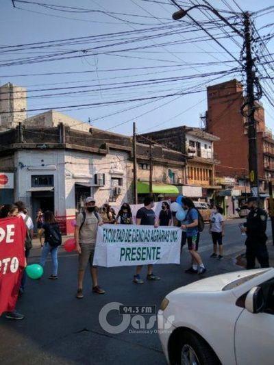Estudiantes exigen nuevo decreto por puntos ilegales en Ley de Arancel Cero
