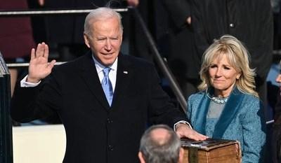 Joe Biden jura como nuevo presidente de los Estados Unidos