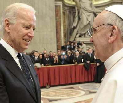 Francisco anima a Biden a fomentar la reconciliación y la paz