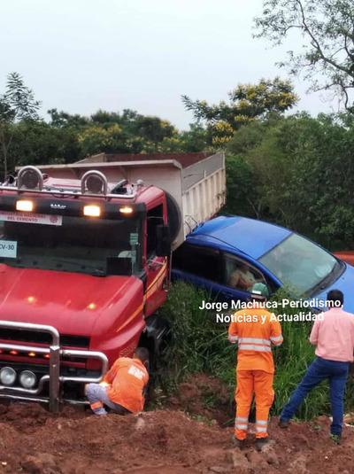 Aparatoso accidente de tránsito en San José de los Arroyos – Prensa 5