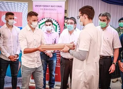 Los hermanos Romero acompañaron a Marito en actos oficiales en Coronel Oviedo