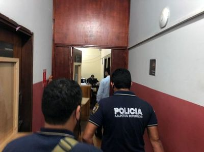 Extorsión a turistas: Imputan por secuestro y asociación criminal a policías
