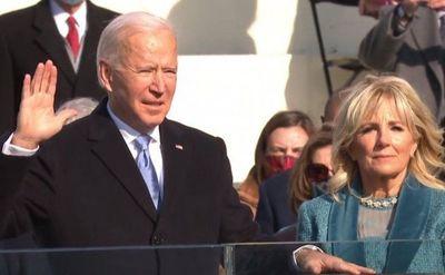 Joe Biden jura y se convierte en el presidente número 46 de EEUU