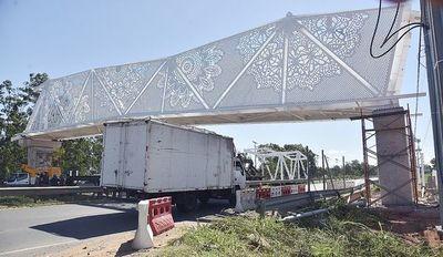 Obras de pasarela del Comité Olímpico causan desvíos y caos en hora pico