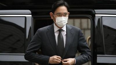 Condenaron al multimillonario heredero del imperio tecnológico Samsung
