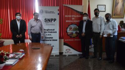 Capacitación del SNPP llega a Minga Guazú