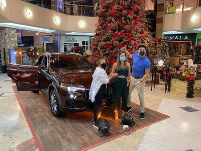 Shopping volverá a sortear camioneta que ganó esposa de Trovato.