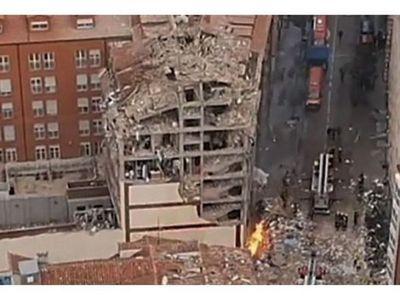 Sacerdotes paraguayos sobreviven a explosión de edificio