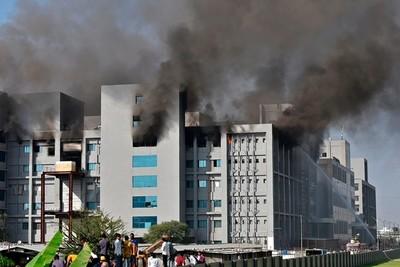 Al menos cinco muertos tras incendio en una de las mayores fábricas de vacunas del mundo